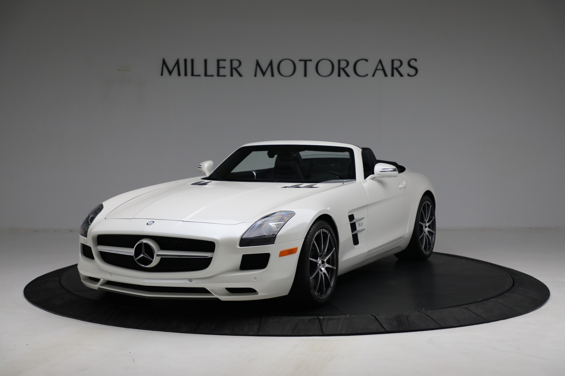 Used 2012 Mercedes-Benz SLS AMG for sale $159,900 at Maserati of Greenwich in Greenwich CT 06830 1