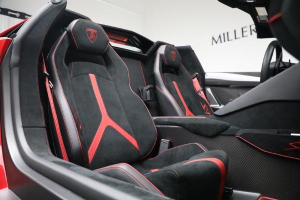 Used 2017 Lamborghini Aventador LP 750-4 SV for sale $589,900 at Maserati of Greenwich in Greenwich CT 06830 24