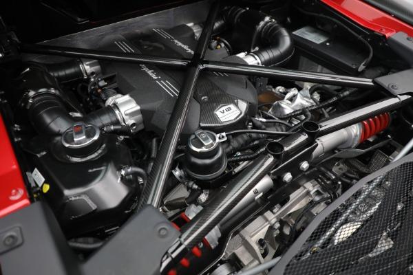 Used 2017 Lamborghini Aventador LP 750-4 SV for sale $589,900 at Maserati of Greenwich in Greenwich CT 06830 26