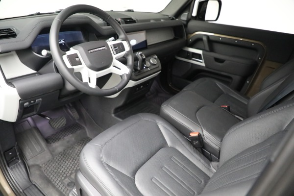 Used 2021 Land Rover Defender 90 First Edition for sale $69,900 at Maserati of Greenwich in Greenwich CT 06830 17