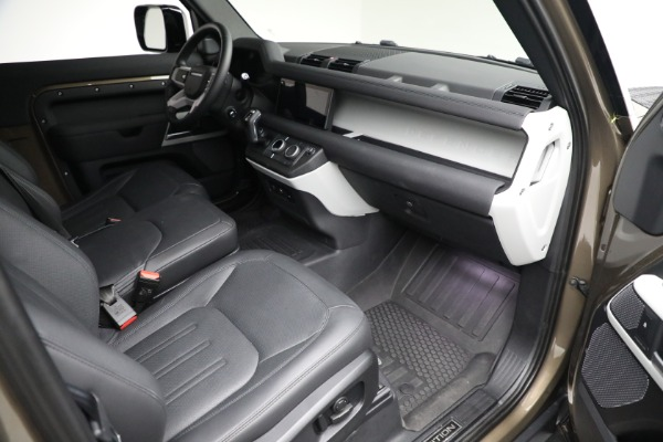 Used 2021 Land Rover Defender 90 First Edition for sale $69,900 at Maserati of Greenwich in Greenwich CT 06830 21