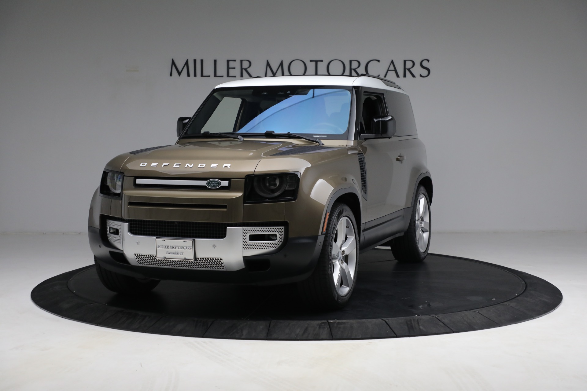 Used 2021 Land Rover Defender 90 First Edition for sale $69,900 at Maserati of Greenwich in Greenwich CT 06830 1