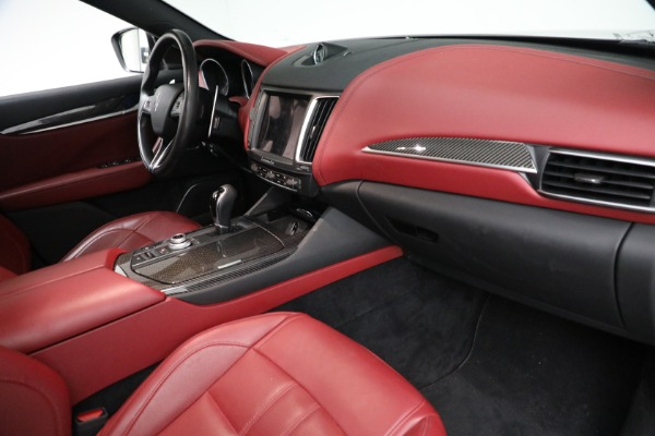 Used 2018 Maserati Levante GranSport for sale $59,900 at Maserati of Greenwich in Greenwich CT 06830 12