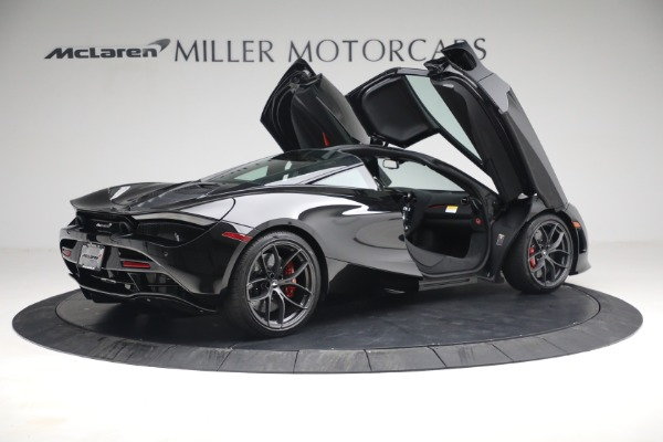 New 2021 McLaren 720S Performance for sale $344,500 at Maserati of Greenwich in Greenwich CT 06830 23
