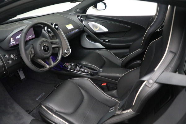 New 2021 McLaren GT Luxe for sale $217,205 at Maserati of Greenwich in Greenwich CT 06830 17