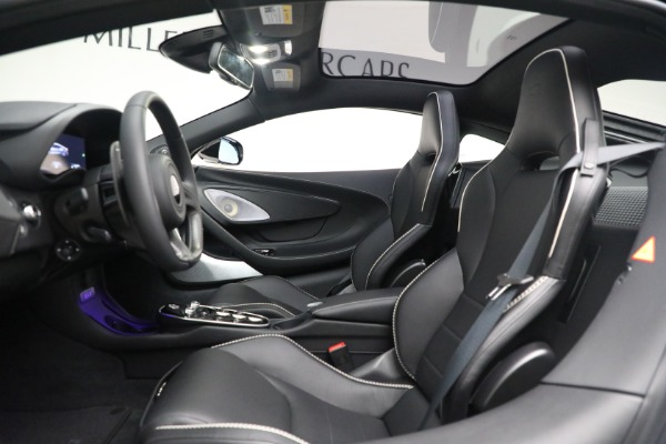 New 2021 McLaren GT Luxe for sale $217,205 at Maserati of Greenwich in Greenwich CT 06830 18