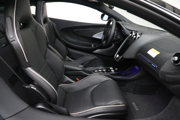 New 2021 McLaren GT Luxe for sale $217,205 at Maserati of Greenwich in Greenwich CT 06830 22