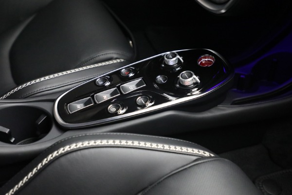 New 2021 McLaren GT Luxe for sale $217,205 at Maserati of Greenwich in Greenwich CT 06830 25