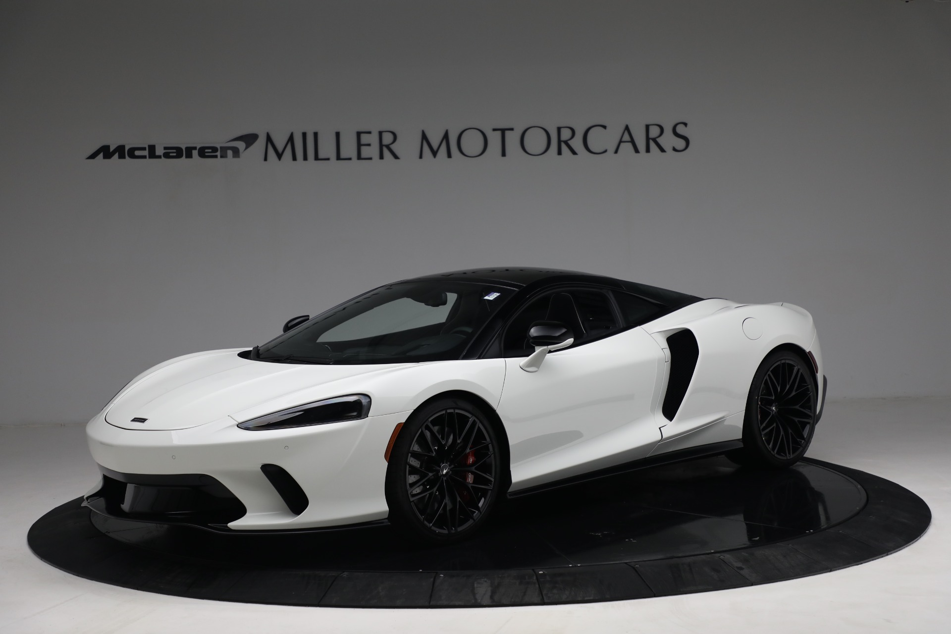New 2021 McLaren GT Luxe for sale $217,205 at Maserati of Greenwich in Greenwich CT 06830 1