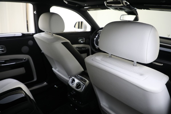 Used 2017 Rolls-Royce Ghost for sale $219,900 at Maserati of Greenwich in Greenwich CT 06830 18