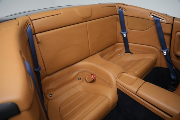 Used 2010 Ferrari California for sale Sold at Maserati of Greenwich in Greenwich CT 06830 25