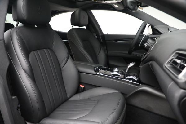 New 2021 Maserati Ghibli SQ4 for sale $92,894 at Maserati of Greenwich in Greenwich CT 06830 27
