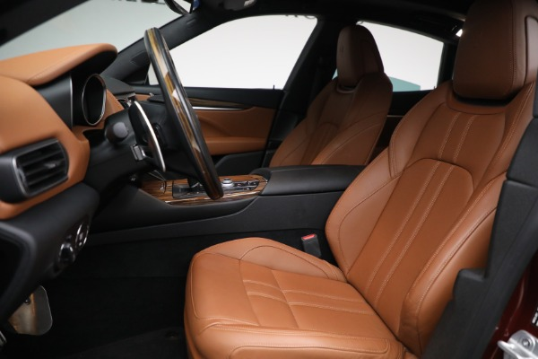 Used 2018 Maserati Levante GranSport for sale Sold at Maserati of Greenwich in Greenwich CT 06830 14