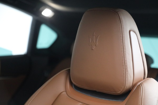 Used 2018 Maserati Levante GranSport for sale Sold at Maserati of Greenwich in Greenwich CT 06830 16