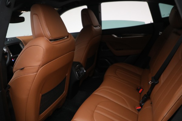 Used 2018 Maserati Levante GranSport for sale Sold at Maserati of Greenwich in Greenwich CT 06830 21