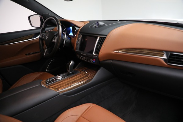 Used 2018 Maserati Levante GranSport for sale Sold at Maserati of Greenwich in Greenwich CT 06830 25