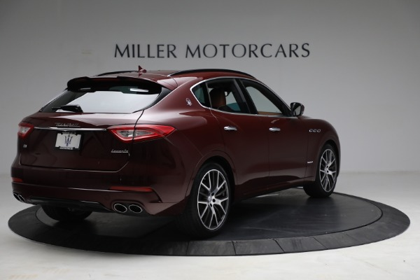 Used 2018 Maserati Levante GranSport for sale Sold at Maserati of Greenwich in Greenwich CT 06830 7