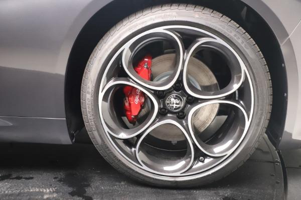 New 2022 Alfa Romeo Giulia Veloce for sale $52,845 at Maserati of Greenwich in Greenwich CT 06830 23