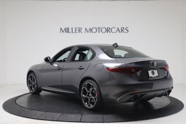 New 2022 Alfa Romeo Giulia Veloce for sale $52,845 at Maserati of Greenwich in Greenwich CT 06830 5