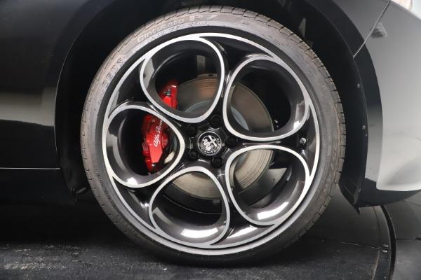 New 2022 Alfa Romeo Giulia Veloce for sale $52,045 at Maserati of Greenwich in Greenwich CT 06830 22