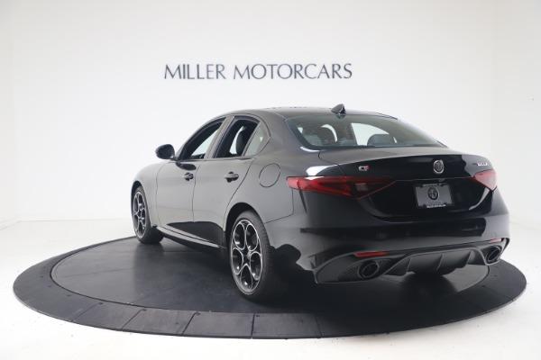 New 2022 Alfa Romeo Giulia Veloce for sale $52,045 at Maserati of Greenwich in Greenwich CT 06830 5