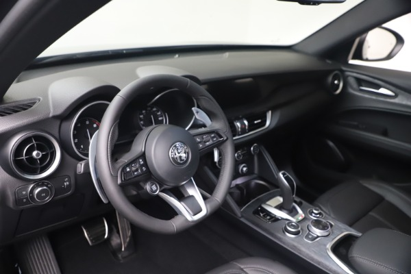New 2022 Alfa Romeo Stelvio Sprint for sale $52,305 at Maserati of Greenwich in Greenwich CT 06830 13