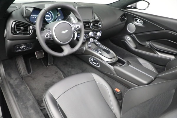 New 2021 Aston Martin Vantage Roadster for sale $180,286 at Maserati of Greenwich in Greenwich CT 06830 13