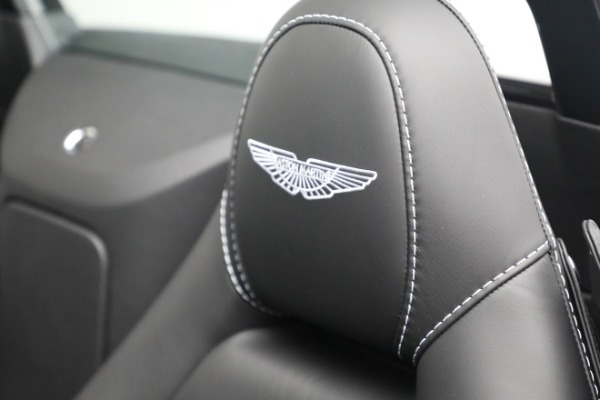 New 2021 Aston Martin Vantage Roadster for sale $180,286 at Maserati of Greenwich in Greenwich CT 06830 17