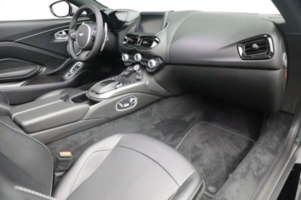 New 2021 Aston Martin Vantage Roadster for sale $180,286 at Maserati of Greenwich in Greenwich CT 06830 18