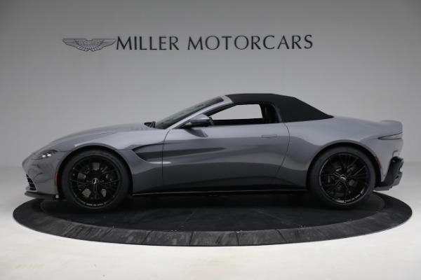 New 2021 Aston Martin Vantage Roadster for sale $180,286 at Maserati of Greenwich in Greenwich CT 06830 22