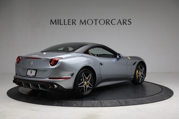 Used 2017 Ferrari California T for sale Sold at Maserati of Greenwich in Greenwich CT 06830 20
