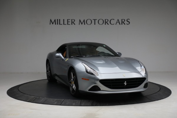 Used 2017 Ferrari California T for sale Sold at Maserati of Greenwich in Greenwich CT 06830 23