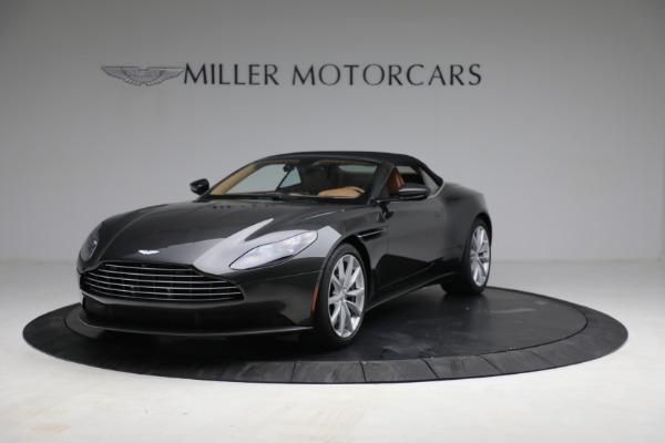 Used 2019 Aston Martin DB11 Volante for sale $212,990 at Maserati of Greenwich in Greenwich CT 06830 14