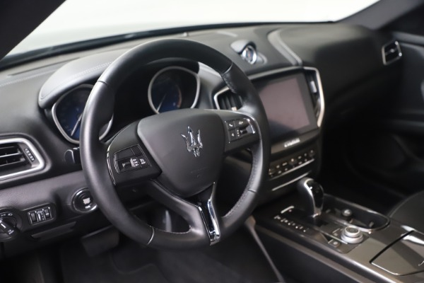 Used 2018 Maserati Ghibli SQ4 for sale $54,900 at Maserati of Greenwich in Greenwich CT 06830 13