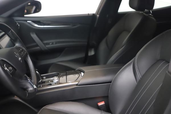 Used 2018 Maserati Ghibli SQ4 for sale $54,900 at Maserati of Greenwich in Greenwich CT 06830 14