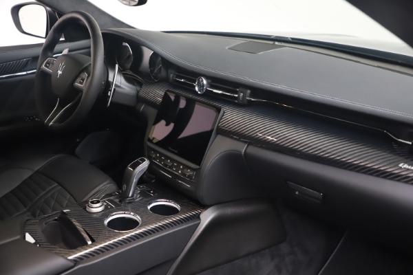 New 2022 Maserati Quattroporte Modena Q4 for sale $131,195 at Maserati of Greenwich in Greenwich CT 06830 18