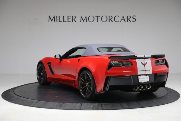 Used 2015 Chevrolet Corvette Z06 for sale $89,900 at Maserati of Greenwich in Greenwich CT 06830 17