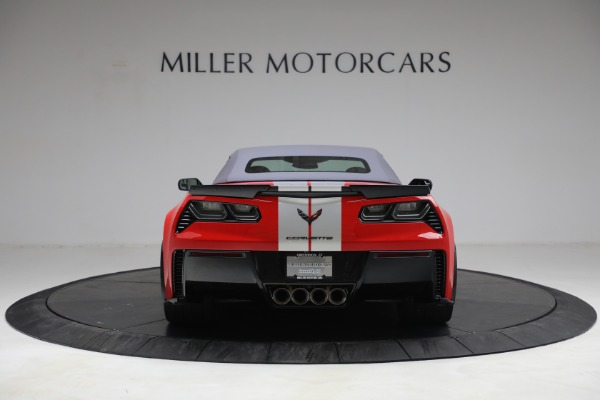 Used 2015 Chevrolet Corvette Z06 for sale $89,900 at Maserati of Greenwich in Greenwich CT 06830 18