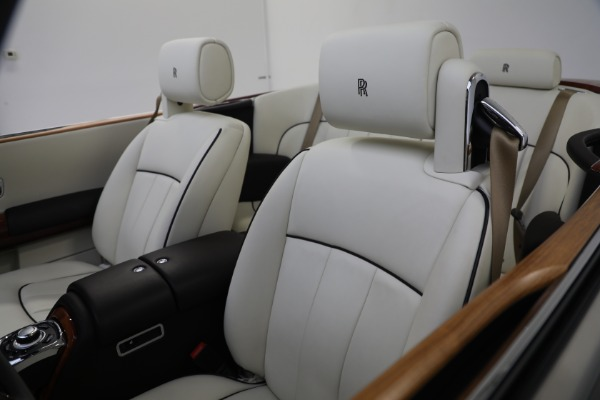Used 2015 Rolls-Royce Phantom Drophead Coupe for sale Call for price at Maserati of Greenwich in Greenwich CT 06830 25