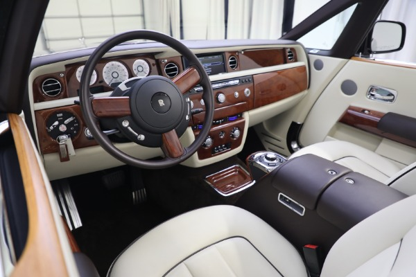Used 2015 Rolls-Royce Phantom Drophead Coupe for sale Call for price at Maserati of Greenwich in Greenwich CT 06830 27