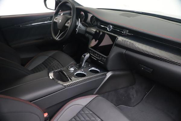 New 2022 Maserati Quattroporte Modena Q4 for sale $128,775 at Maserati of Greenwich in Greenwich CT 06830 17