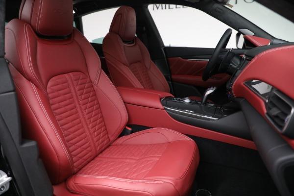 New 2022 Maserati Levante Trofeo for sale $155,045 at Maserati of Greenwich in Greenwich CT 06830 28