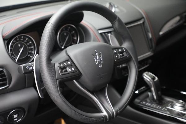 New 2022 Maserati Levante GT for sale $95,965 at Maserati of Greenwich in Greenwich CT 06830 17