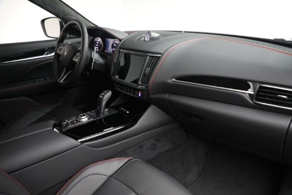 New 2022 Maserati Levante GT for sale $95,965 at Maserati of Greenwich in Greenwich CT 06830 24