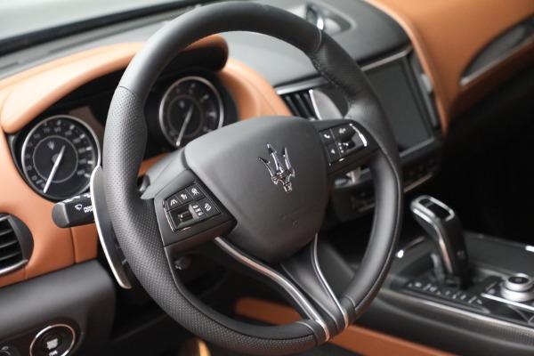New 2022 Maserati Levante Modena for sale $104,545 at Maserati of Greenwich in Greenwich CT 06830 17