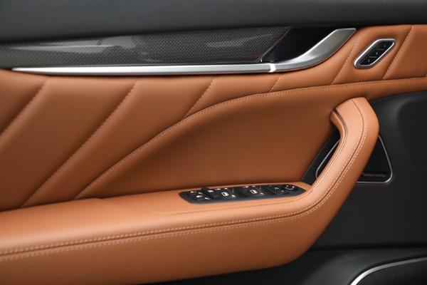 New 2022 Maserati Levante Modena for sale $104,545 at Maserati of Greenwich in Greenwich CT 06830 19