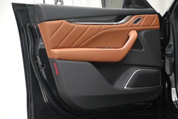 New 2022 Maserati Levante Modena for sale $104,545 at Maserati of Greenwich in Greenwich CT 06830 20