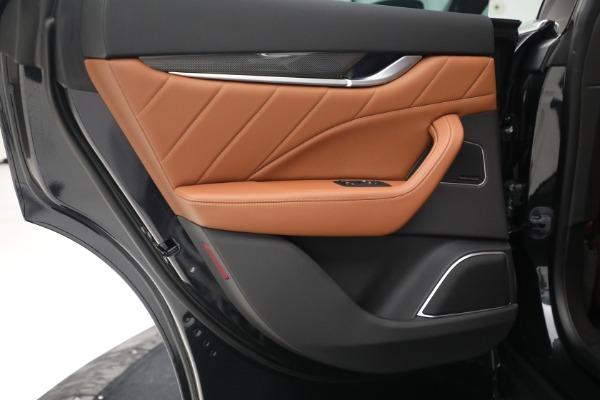 New 2022 Maserati Levante Modena for sale $104,545 at Maserati of Greenwich in Greenwich CT 06830 23
