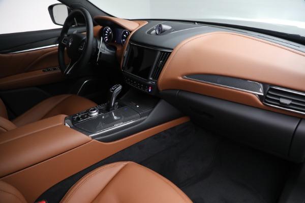New 2022 Maserati Levante Modena for sale $104,545 at Maserati of Greenwich in Greenwich CT 06830 24