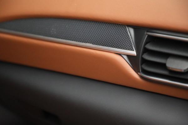 New 2022 Maserati Levante Modena for sale $104,545 at Maserati of Greenwich in Greenwich CT 06830 27